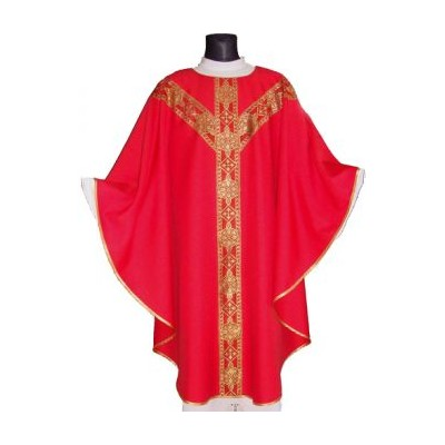 Red semi gothic chasuble with matching stole